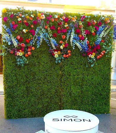 simon-grass-wall